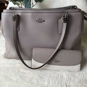 Coach Christie Carryall purse and matching wallet
